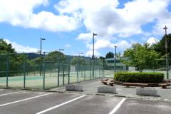 山岡テニスコート